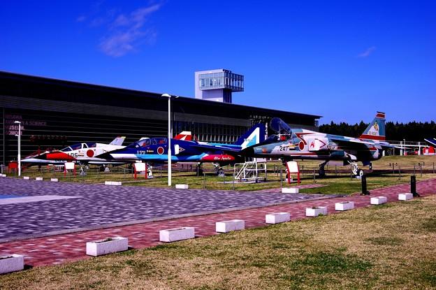 Photos: 航空科学館の三沢大空ひろば 航空機たち・・20140502