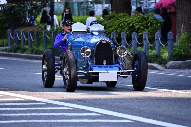 撮って出し。。Rally Yokohama2016。。山下公園をクラッシックカー走行。。