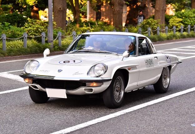 RALLY YOKOHAMA 名車 MAZDA COSMO SPORTS ロータリーエンジン in山下公園