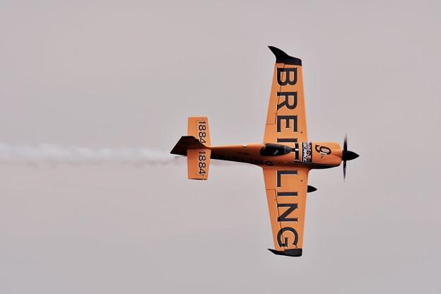 レッドブルエアレースマスターズクラス。。黄色い機体ブライトリング。。20160605