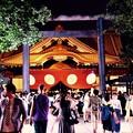 綺麗な夜の靖国神社 本堂。みたままつり 20160716