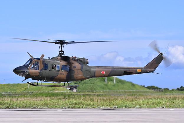 木更津駐屯地のヒューイ飛来。。