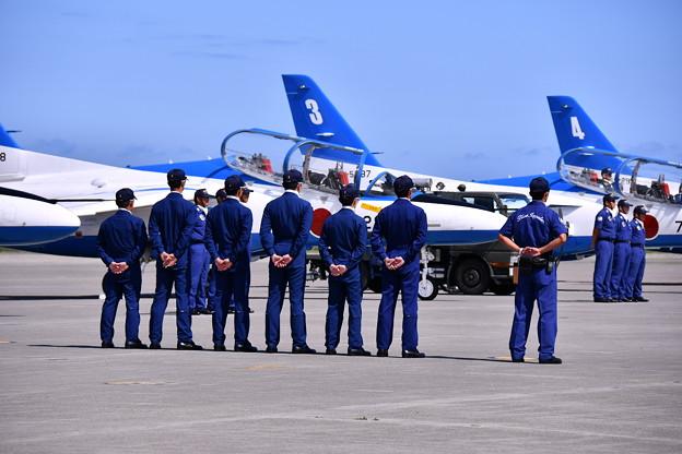 撮って出し。。三沢基地航空祭 ブルーインパルスウォークダウン 9月11日