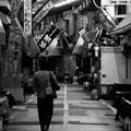 Photos: モノクロの風景。。夜の旦過市場 活気の余韻残して。。20161007
