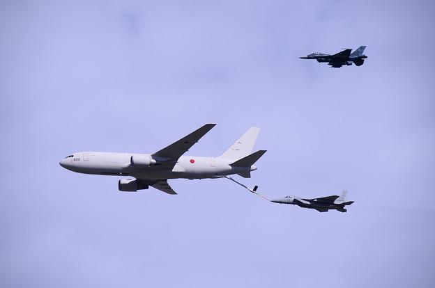 岐阜基地航空祭。。空中給油デモストレーション。。