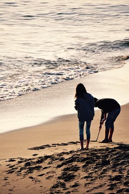 稲村ヶ崎の海岸で恋人たちが書く文字。。。20170107
