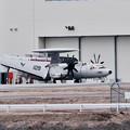 岩国基地。。配備された米海軍VAW-125 E-2Dアドバイスホークアイ。。AB601 20170208