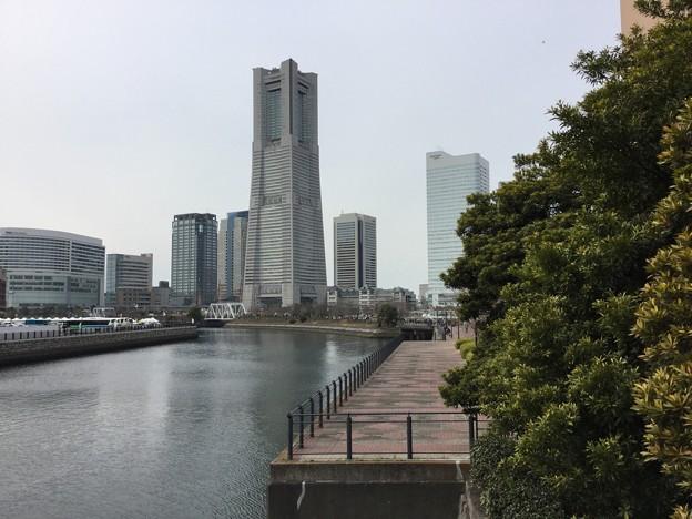 撮って出し。。万世橋から見る横浜みなとみらい。。(^^)3月18日
