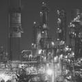 Photos: モノクロの景色。。水江町の工場夜景群 20170304