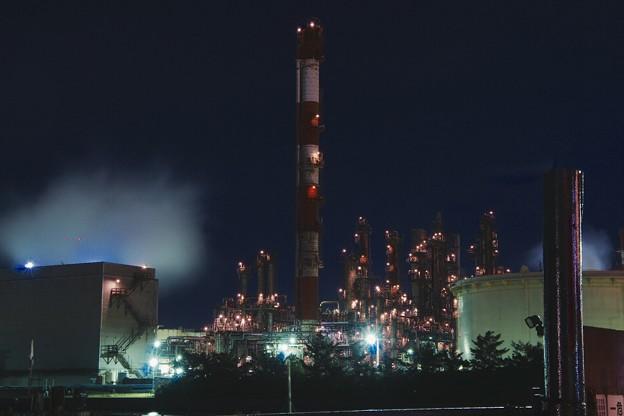 水江町の工場の煙突。。20170304