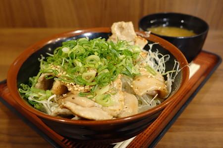 ふくいポークのネギ塩豚丼(北陸道【上り】・杉津PA)
