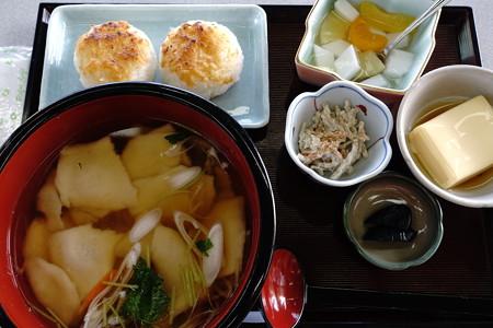 ひっつみ定食(道の駅・石鳥谷【岩手】)