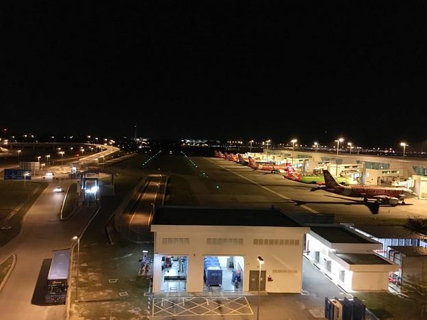 マレーシア クアラルンプール空港で一服 (12)