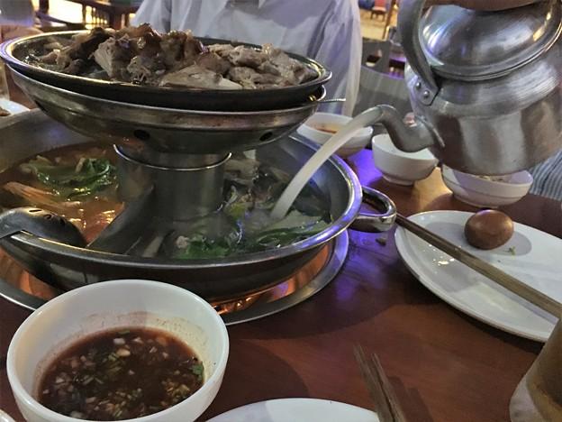 ヤンゴン 四川火鍋って四川っぽくないぞななんちゃってな高級?レストラン(笑) (10)