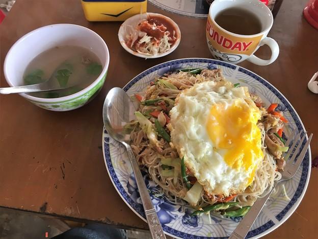イーストダゴンのオープンカフェのスゥイッジャ (1)
