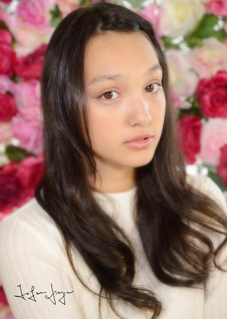 写真: モニカ瑠那花アップ