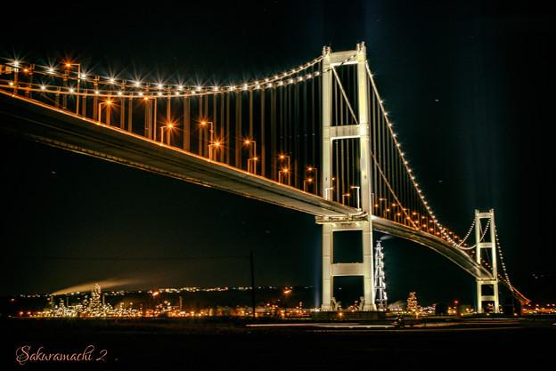 橋の夜景に癒されて