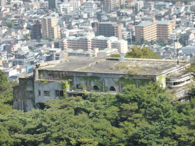 復活近い 摩耶観光ホテルの廃墟