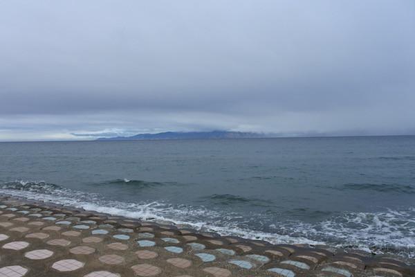 津軽半島の東岸からは下北半島を望めました