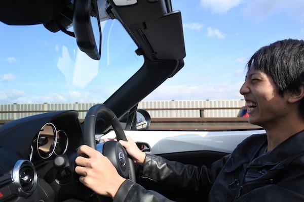 免許を取って初めてのMTの運転