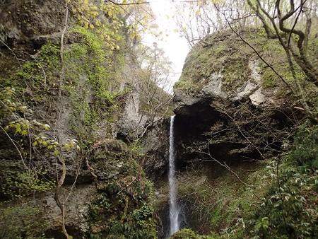 28 GW 秋田 湯の沢温泉 銚子の滝 2