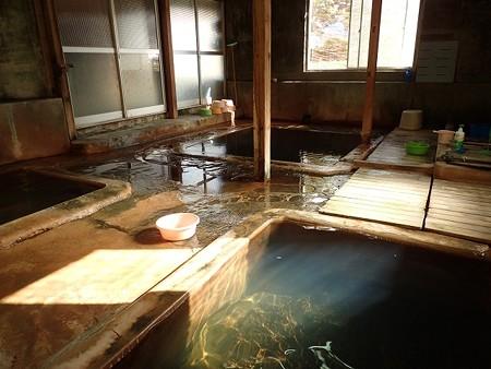 28 SW 北海道 濁川温泉 新栄館