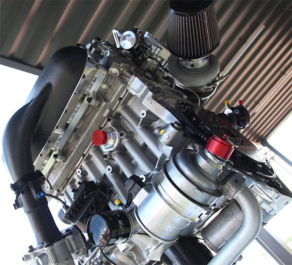 ボルボ・S60・ポールスターTC1(Volvo S60 Polestar TC1) エンジン Engine