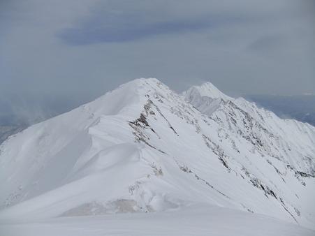 剣ヶ峰に続く稜線2