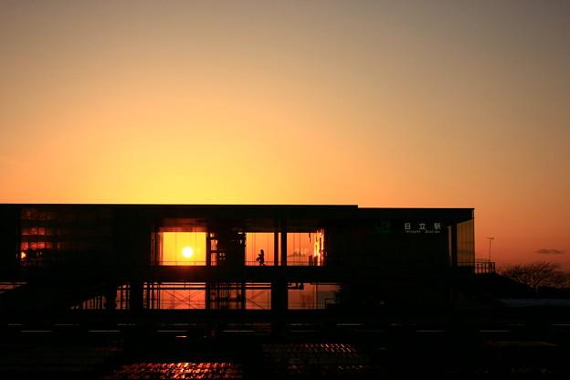 Photos: 001 日立駅 …… 日、立ち昇る様は領内一