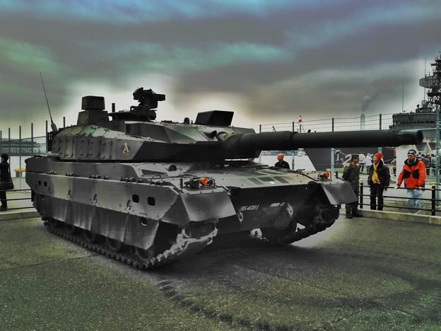 Photos: 10式戦車 2