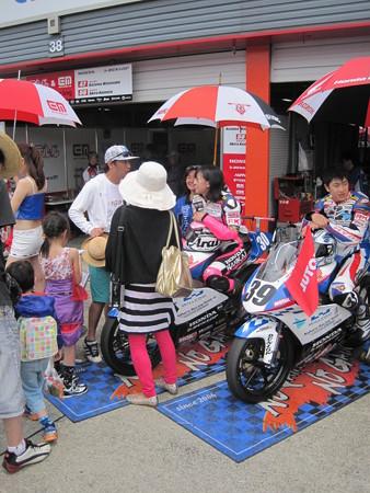 岡崎静夏 HONDA NSF250R Kohara MFJ 全日本ロードレース J-GP3 SUPERBIKE もてぎ jrr IMG_8220