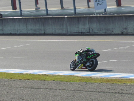 2 Pol ESPARGARO  Monster Yamaha Tech 3 Yamaha MotoGP もてぎ IMG_3178